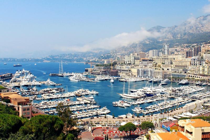 Comment améliorer la visibilité en ligne d'un hôtel de la Côte d'Azur